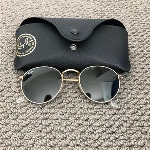 Circle  frame gold n brown raybans